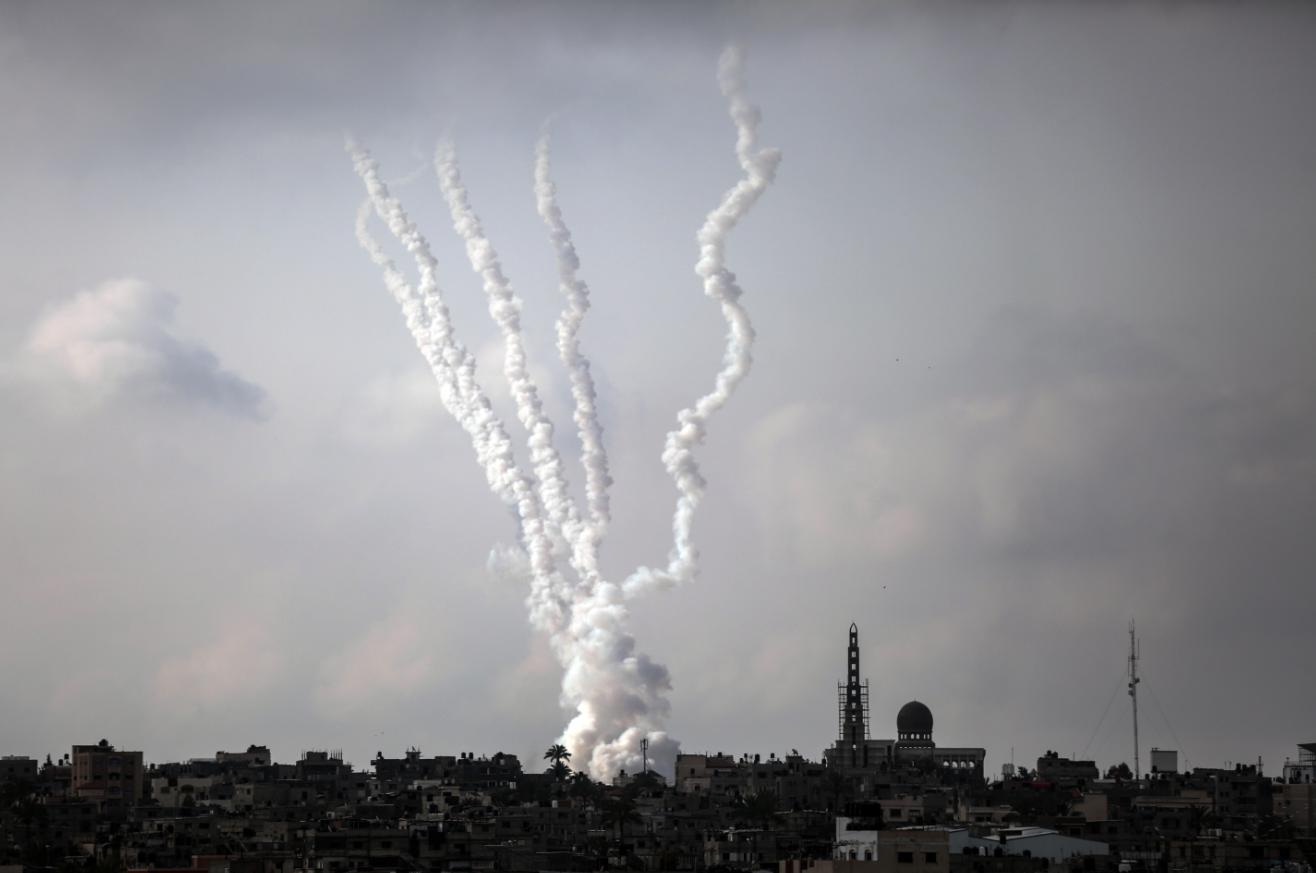 加沙地带武装向以色列发射火箭弹 以方说袭击致3人死亡